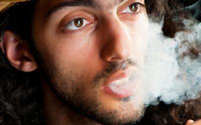 ¿Cómo evitar el aliento a Marihuana?